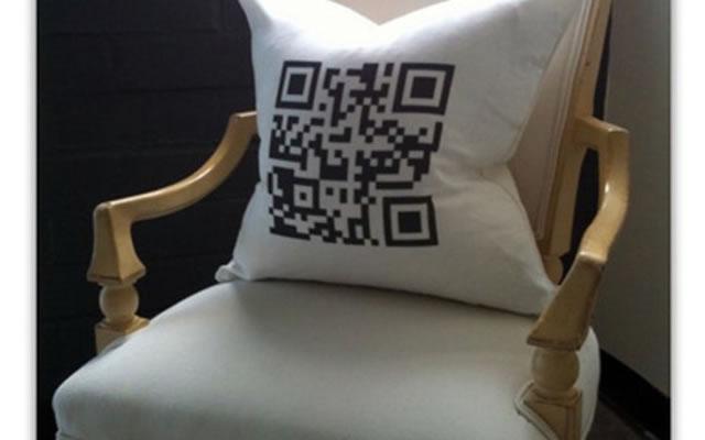 QR код на подушке